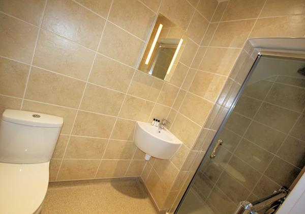 Marine View Woolacombe Holiday Cottages Ensuite Shower Room